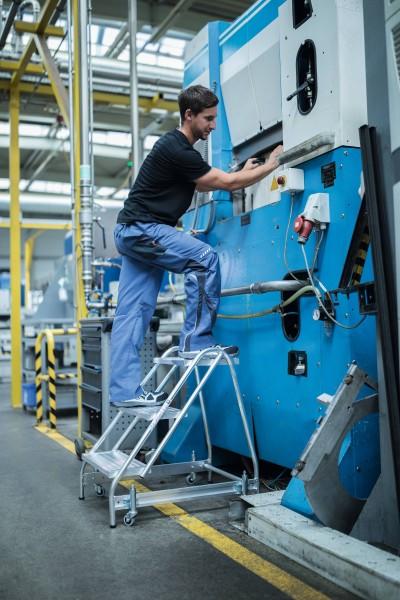 Günzburger Aluminium-Arbeitspodest einseitig begehbar, 3 Stufen, 50051