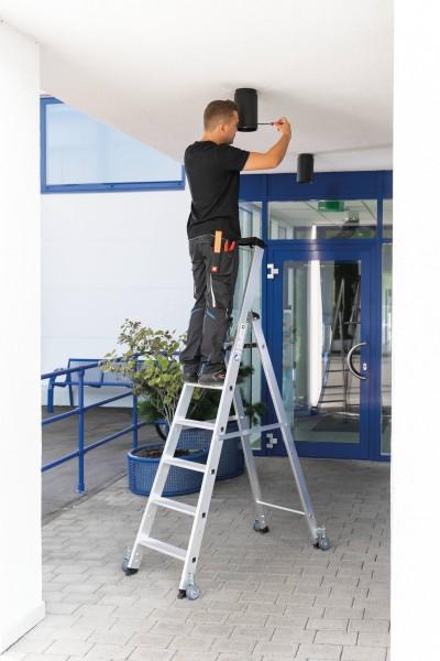 Günzburger Aluminium-Stehleiter einseitig begehbar,mit Rollen 1 x 8 Stufen, 41108