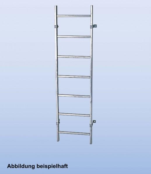 SchachtLeitern aus Stahl, feuerverzinkt, Lichte Weite 300 mm, Länge 3,92 m, Außenbreite 340 mm, 14 Sprossen, Artikel-Nr.: 815897