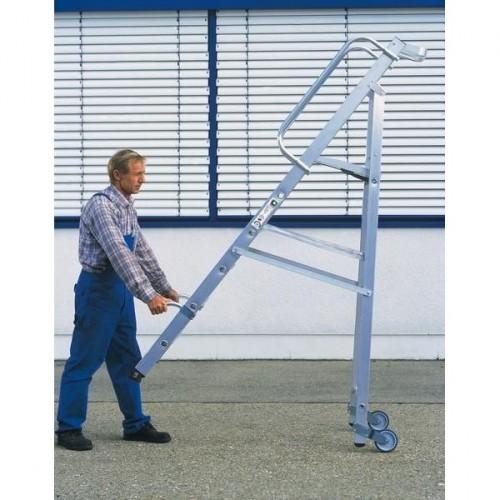 Guenzburger Aluminium-Stehleiter mit Rollen und Griff 6 Stufen, 51086