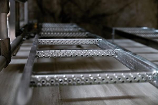 Günzburger Schachtleiter aus Stahl, feuerverzinkt, 15 Sprossen, 61015